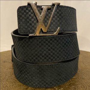 Louis Vuitton Initales M6875 Belt in Black 95mm